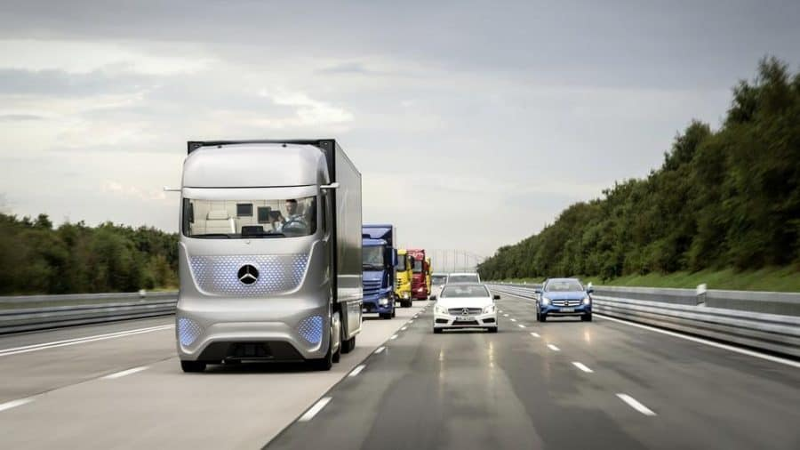 Daimler SElf Driving Trucks