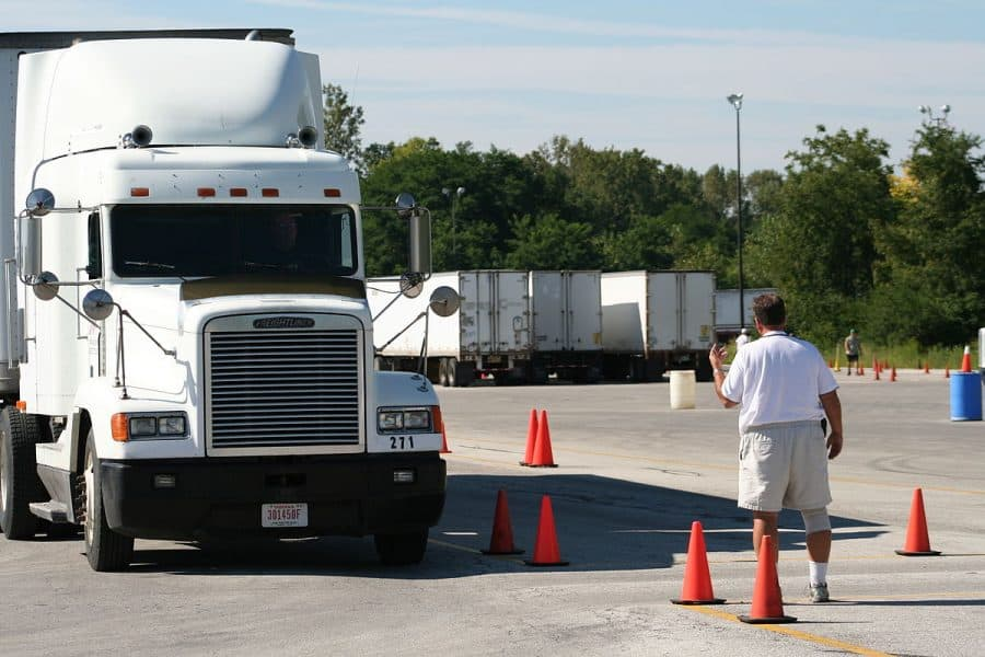 what is a commercial drivers license (CDL)?