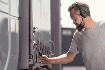 What Is The best bluetooth headset for truckers